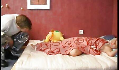Minietchians phim sec thu cho du nguoi đen trong ba miệng.
