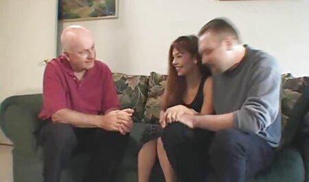Tạo ra quần áo trong một cái mới là đóng vai chính phim sec cho du nguoi trong một bộ phim khiêu dâm.
