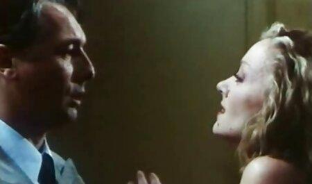 Busty nghiệp dư trong âm phim sec heo dit nguoi đạo và giữa ngực.