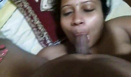 Một cô gái điếm cho một thổi kèn, và phun. phim sec nguoi voi ngua